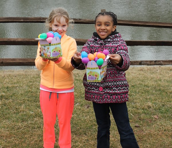 imagesevents10637Easter2016_smaller-png.png