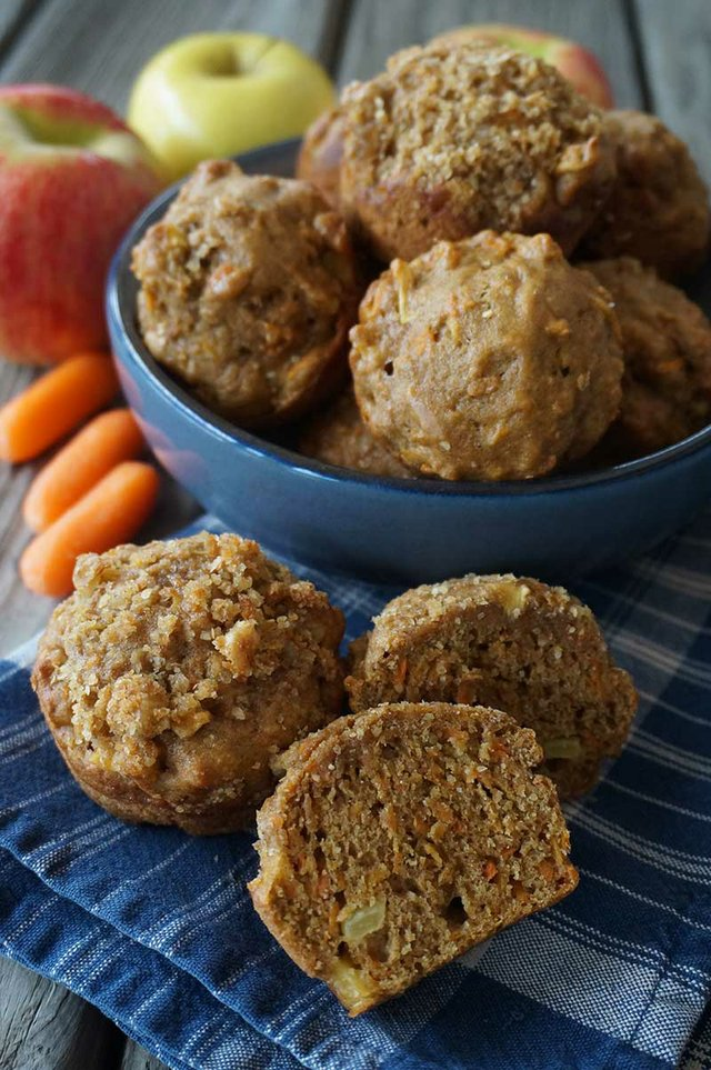 Apple-Muffins.JPG