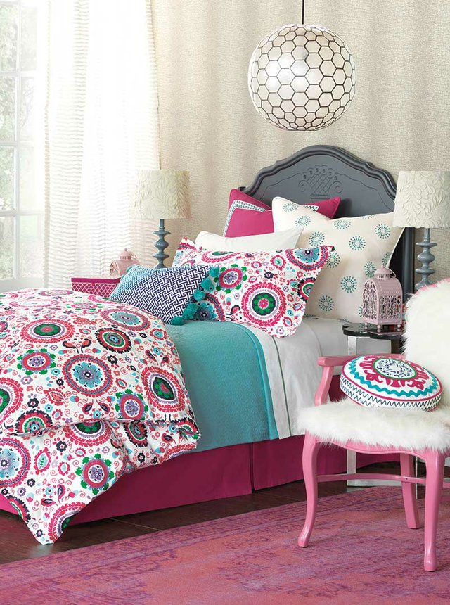 Epic-Preppy-Bed-1Vmain.jpg