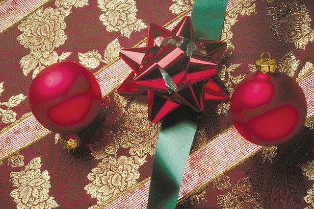 giftwrap.jpg.jpe