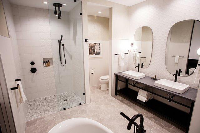 Penthouse 501 Master Bath - Hotel Rock Lititz.jpg