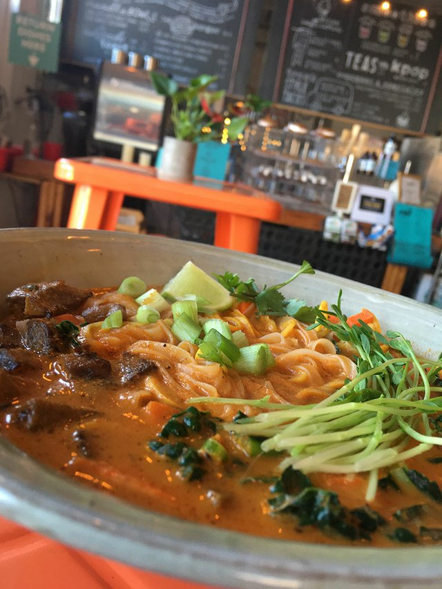 Red-Thai-Noodle-Bowl-with-local-seitan.jpg