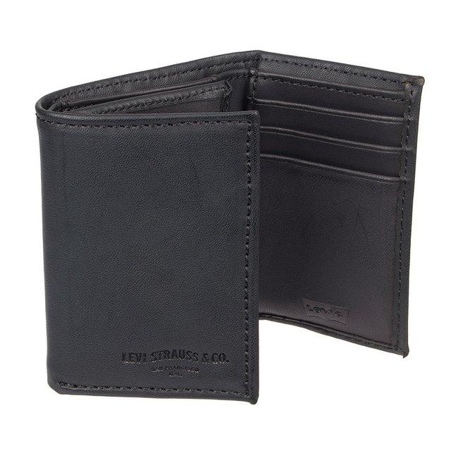 Levi's-Wallet-Kohls.jpg