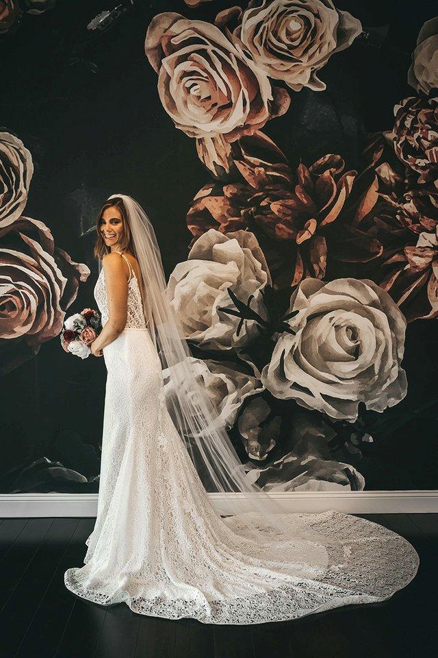 90-inch-lace-veil.jpg