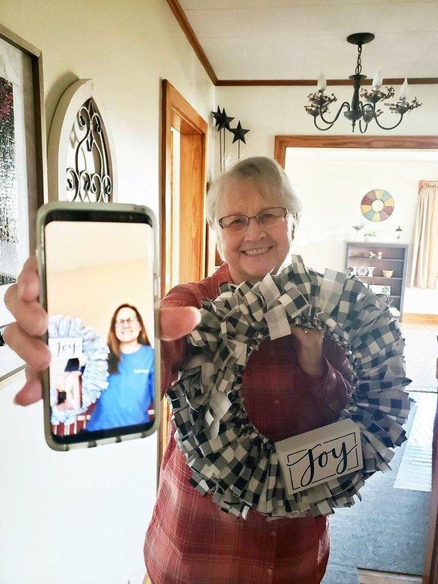Michelle-Roberts---rag-wreaths.jpg