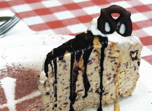 Frozen Chocolate Pretzel Pie.jpg