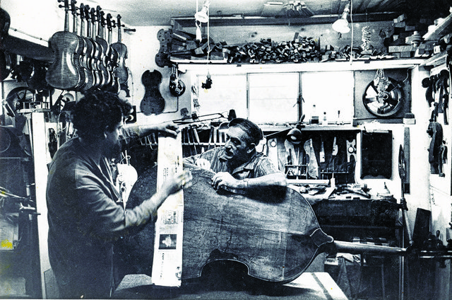 Amnon-and-Moshe-in-the-workshop.jpg