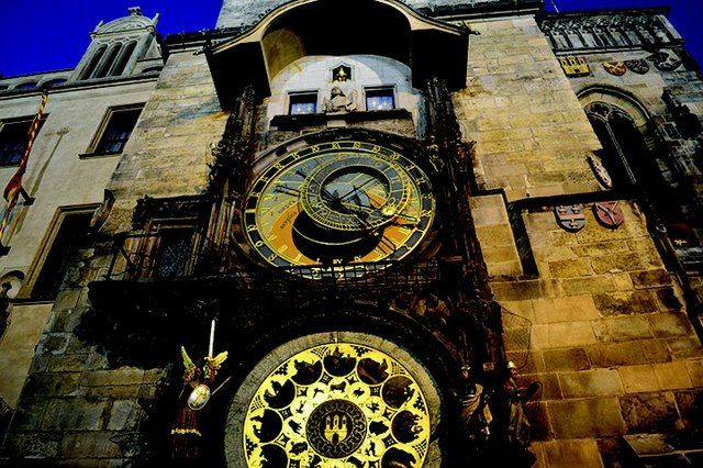 04 Astronomical Clock.JPG.jpe