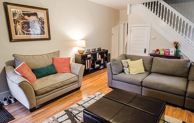 livingroomPARR.jpg.jpe