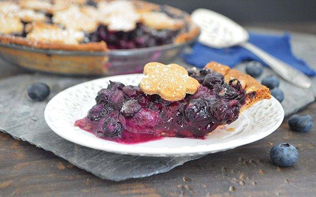 blueberry pie 3-WEB.jpg.jpe