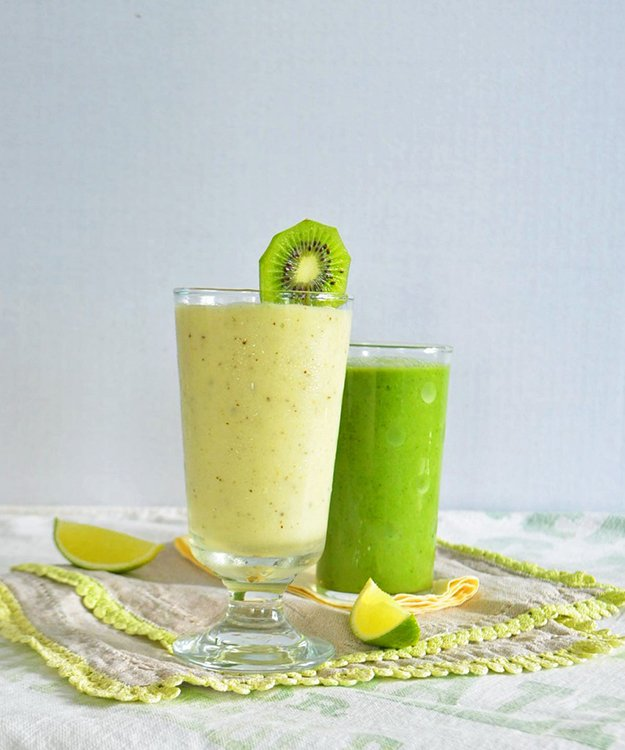 pineapple-smoothie-phoebes-pure-food.jpg.jpe