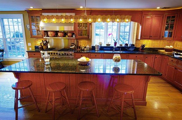 7048-kitchen1.jpg.jpe