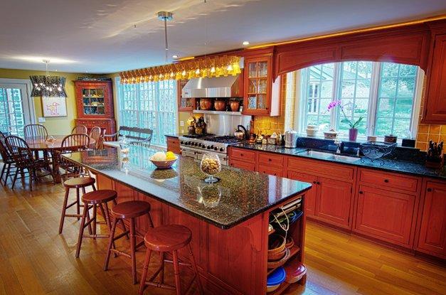 7049-kitchen2.jpg.jpe